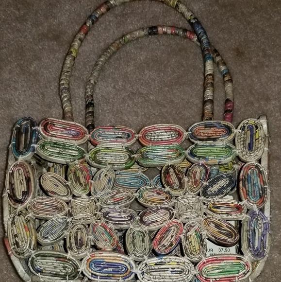 How to make a paper purse for girls   Easy origami handbag ...   580x579